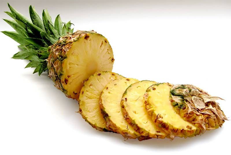 9 Reasons You Should Eat More Pineapple