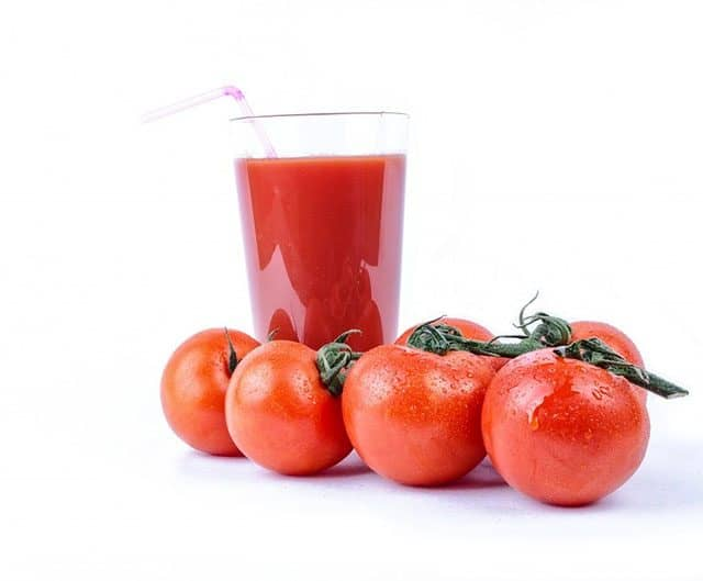 9 Amazing Health Benefits of Tomato Juice