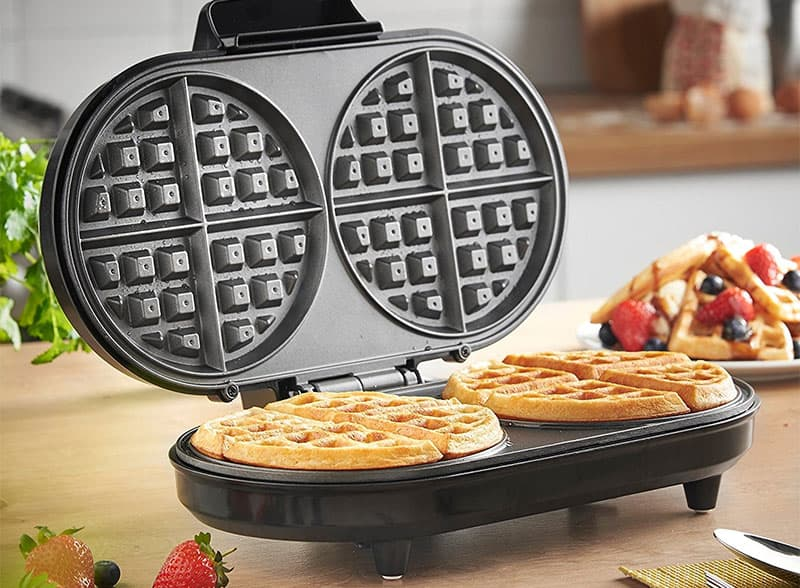 Buying Guide: Best Waffle Makers For Thin Or Thick Waffles
