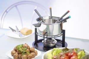 Buying Guide: Get The Best Fondue Maker Sets for Cheese, Chocolate, Meats, and More!