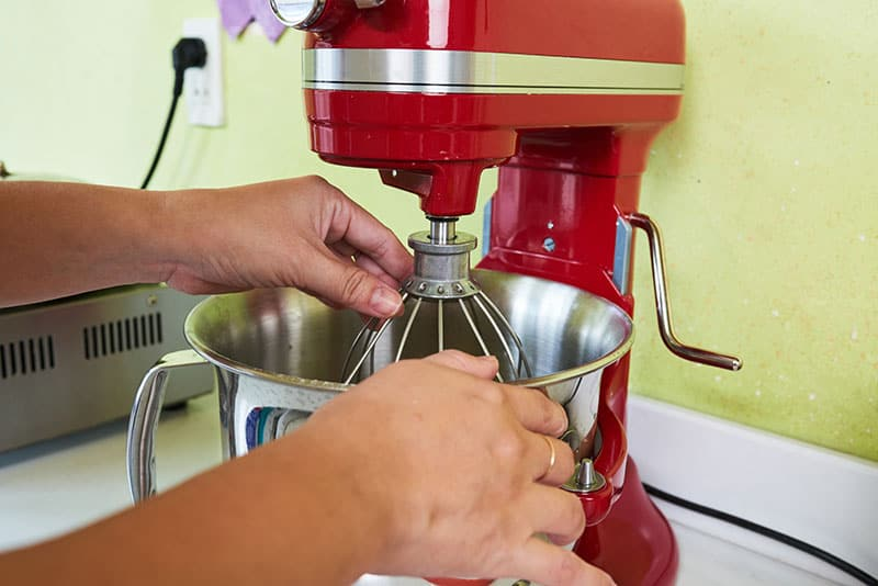 Makes Bakes, Cakes, Pasta & More With A New Stand Mixer
