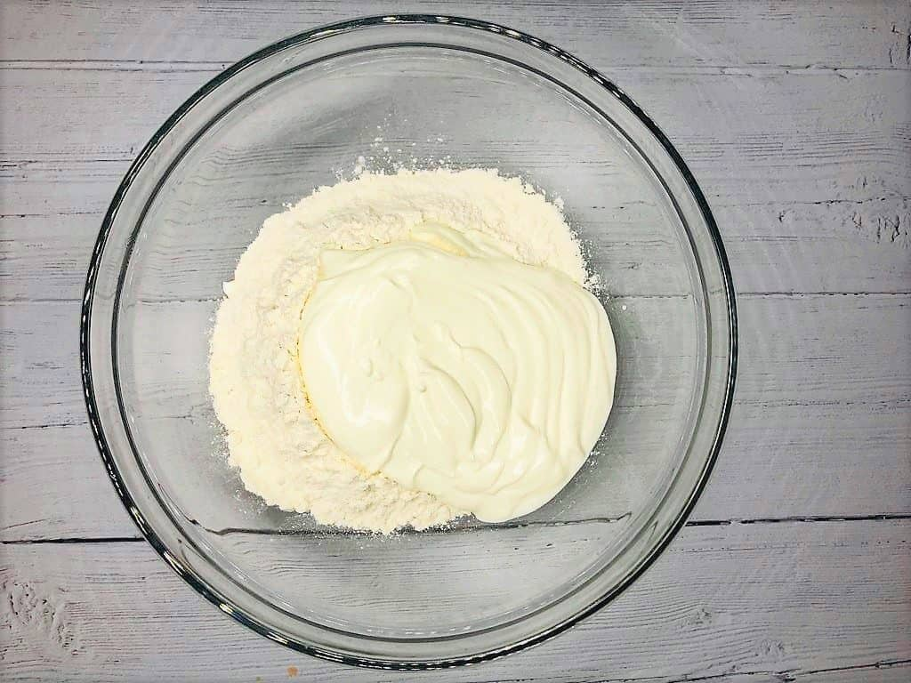 yoghurt and flour for 2 ingredient pizza dough