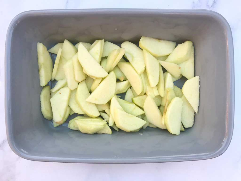 apple slices in oven proof dish
