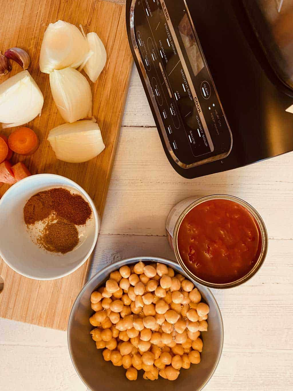 Ingredients for Moroccan Chickpea Soup