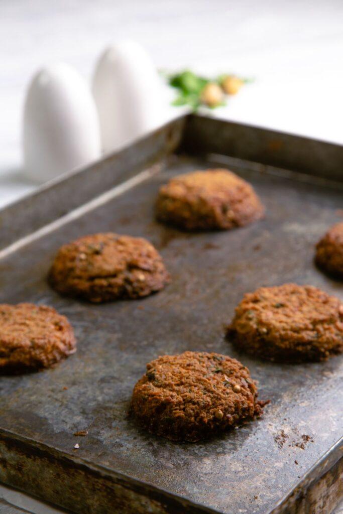 baked falafel baking tin
