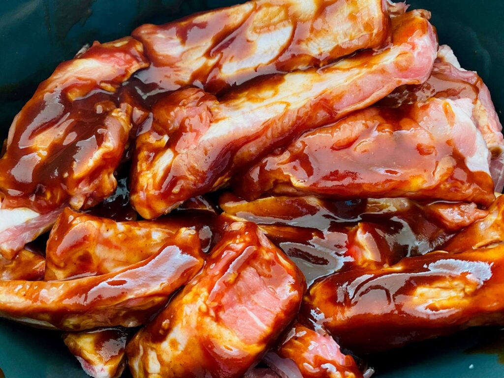 bbq pork ribs in slow cooker