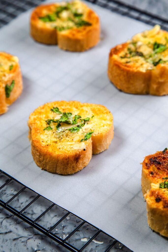 crispy garlic bread recipe