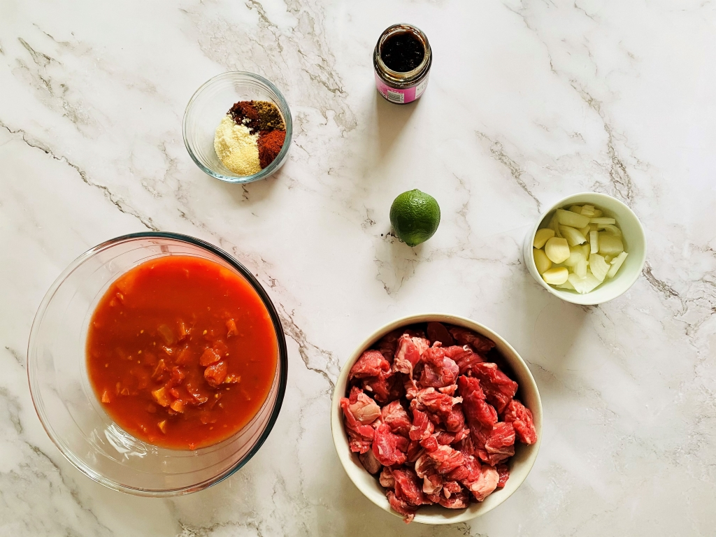 Slow cooker Mexican beef stew ingredients