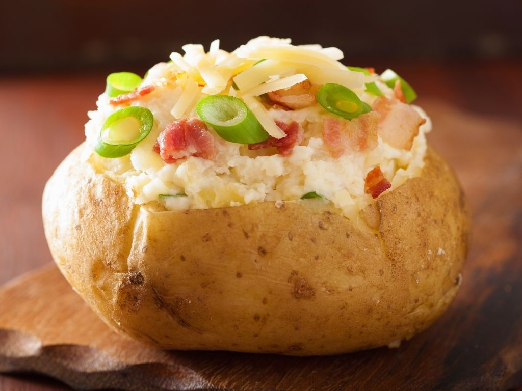 jacket potato with cheese, bacon and onion