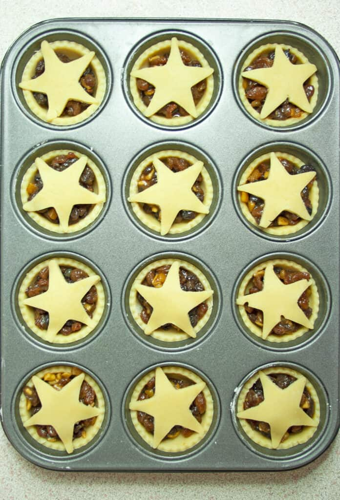 mince pies in baking tin